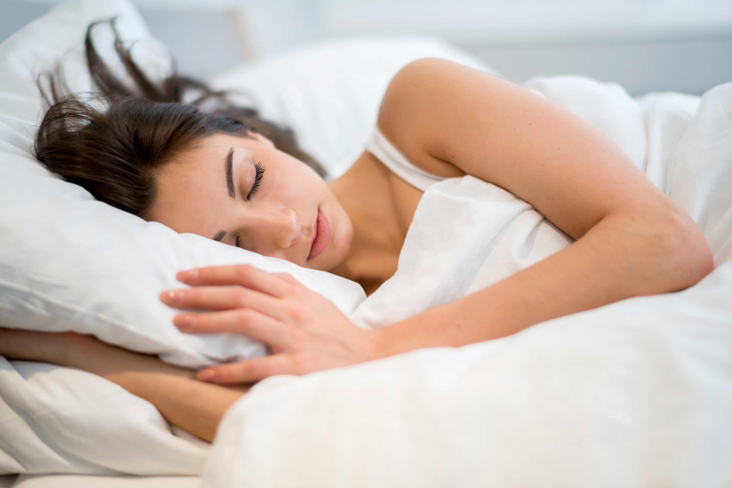 C:\Users\Sophia\AppData\Local\Microsoft\Windows\INetCache\Content.Word\02-bad-habits-insomnia-sleep-too-early.jpg