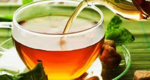 Z:\599-20180616\Final\B Section\B24-28- health-sally\A-Glimpse-into-The-History-Of-Tea.jpg
