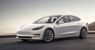 Z:\600-20180623\Draft\600-Car Guide\tesla\tesla-model-3-9-4202-default-large-8038-2197-default-large.jpeg