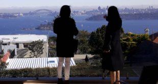D:\Sally Bai\生活网文章\0723\Australia-Sydney-Property-Skyline-Property-Chinese-Buyers-November-11-2015-960x576.jpg