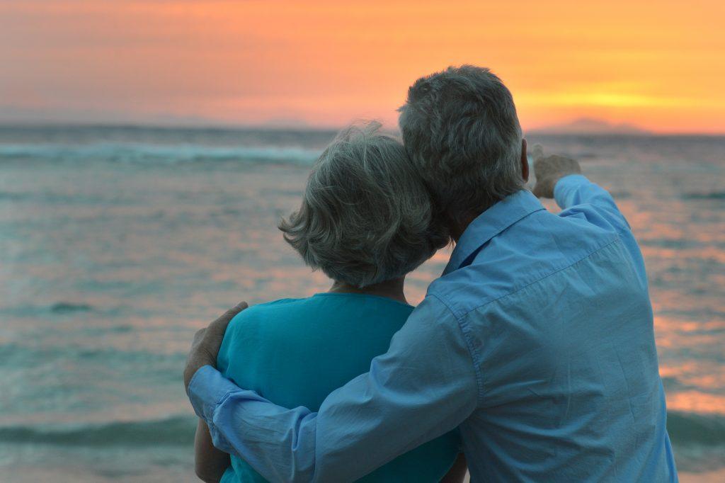 Z:\604-20180721\Final\B Section\B22-26 health\photodune-16031071-elderly-couple-xl-1-1024x682.jpg
