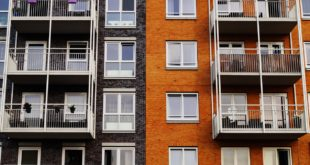 C:\Users\user\Downloads\apartment-architecture-balcony-129494.jpg