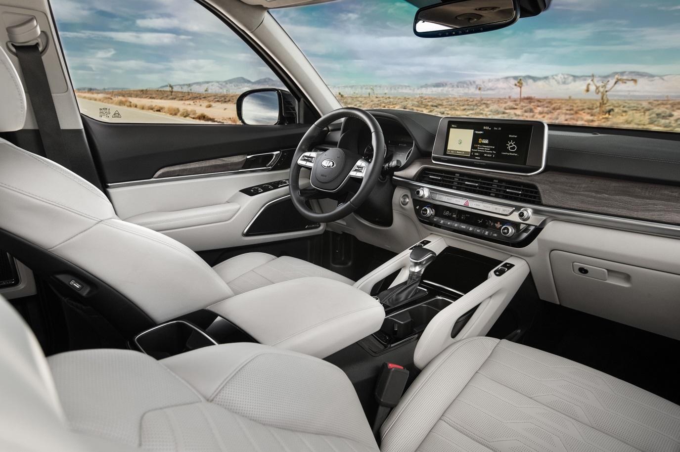 C:\Users\Jialing\Desktop\20190227\634-Car Guide\Telluride-half\5c3d8984ec05c492540000e3.jpg