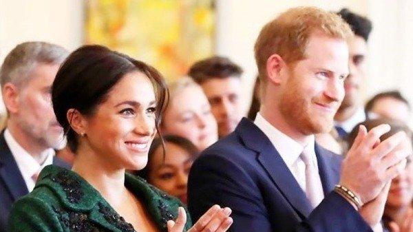 哈利王子的妻子梅根没有被看过穿着毛皮大衣。