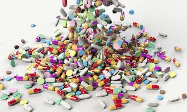 有一些人會選擇吃有提醒功能的藥物。(圖片來源:Pixabay)