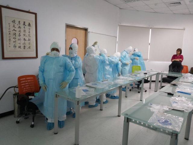 台湾各县市医院应对武汉肺炎做疫情演练(图片来源:中央社)