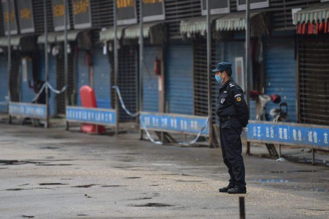 武汉封城街上人迹罕至(图片来源:HECTOR RETAMAL/AFP via Getty Images)