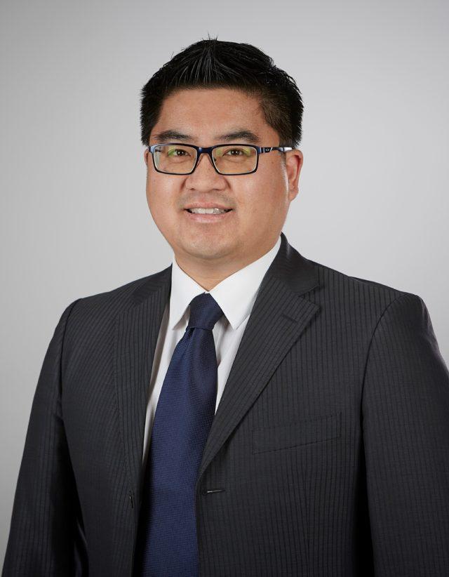 Mr James Chiu MBBS FRACS (orth.) F.A.Orth.A. 墨尔本骨科外科医生