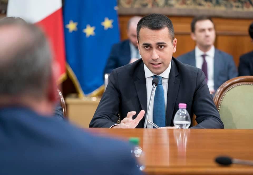 意大利外交部长路易吉.迪马尤。