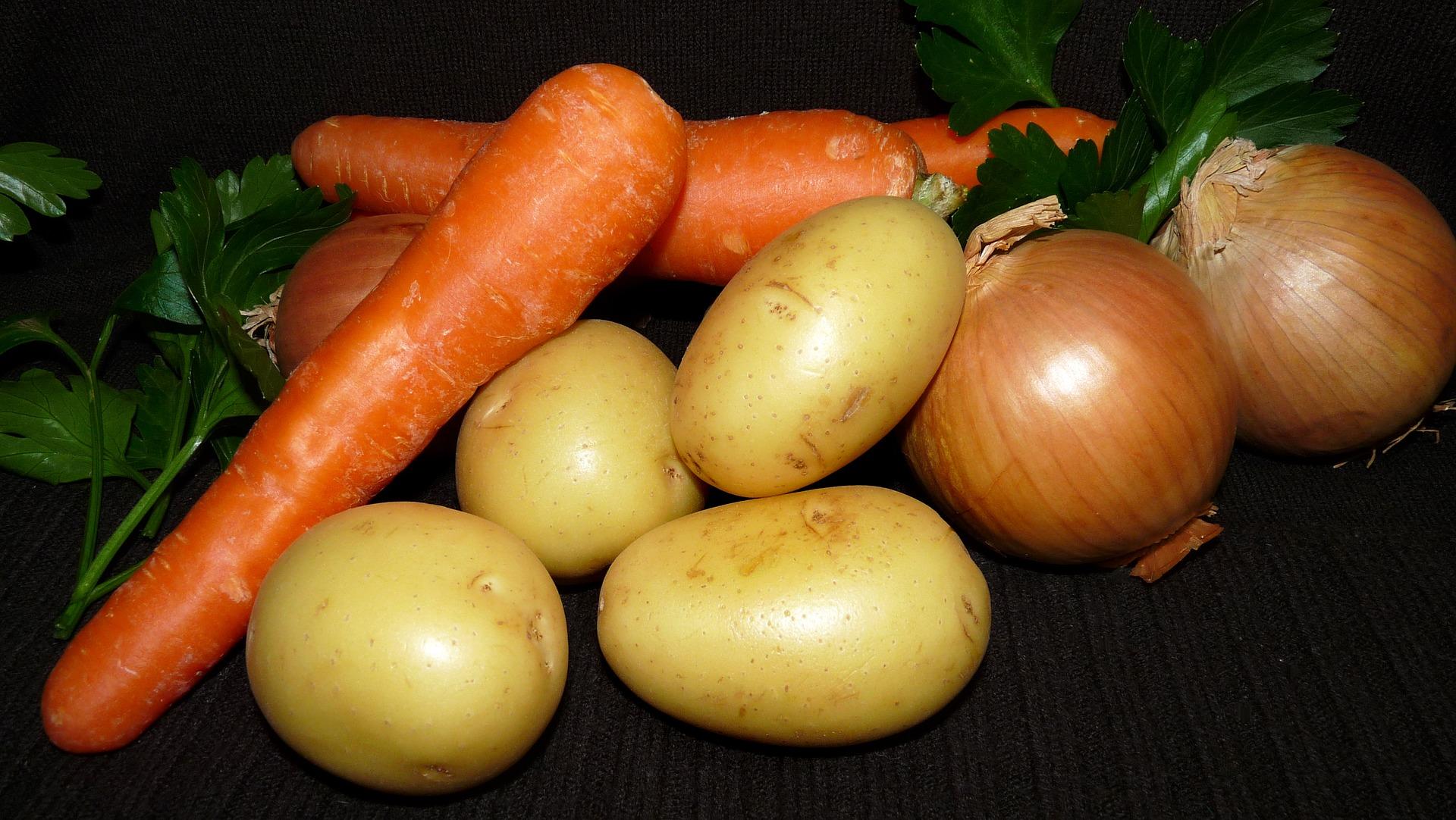 不要將洋蔥放在土豆旁邊