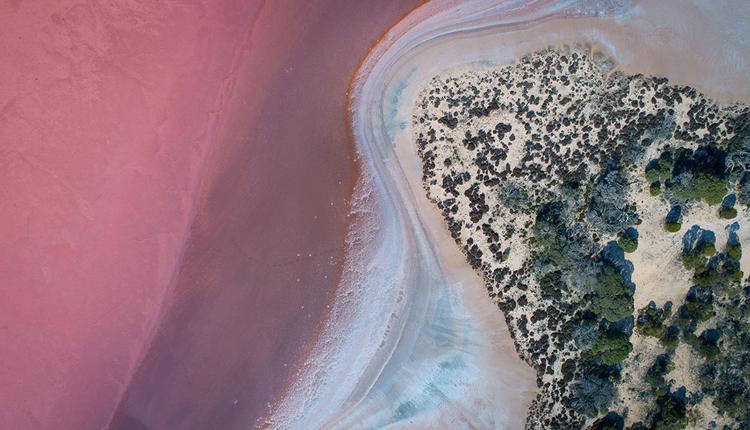 粉湖群Pink Lakes