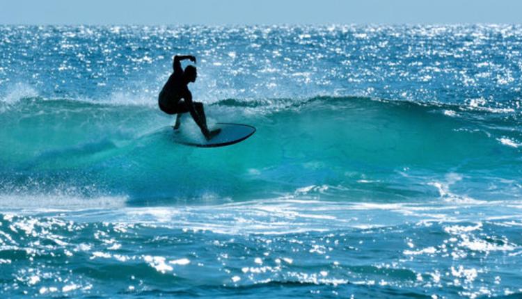 冲浪者天堂(Surfers Paradise)