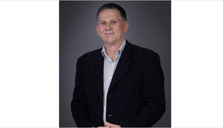 VCE名师讲高数|金牌数学老师Mr. Mark Bennett