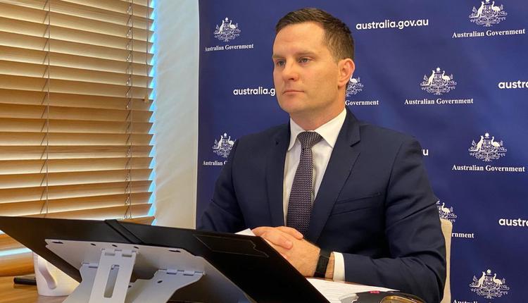 澳洲移民部长Alex Hawke