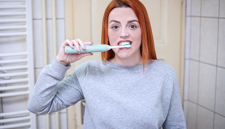 刷牙,牙齿