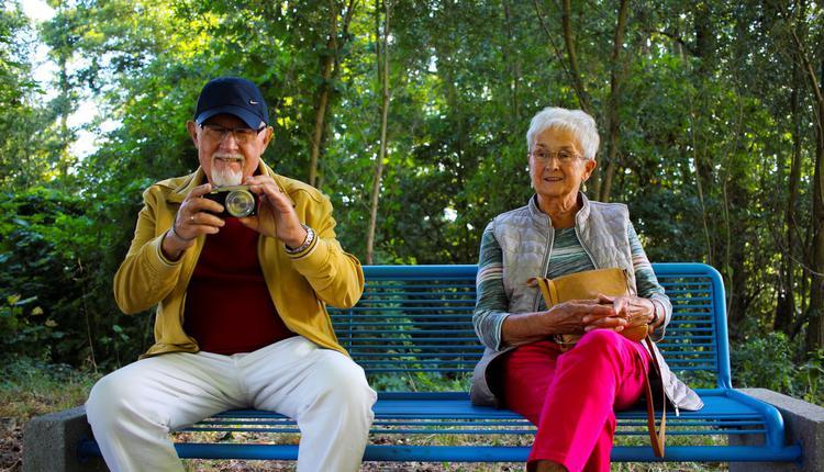 老人 长者 年长者 年纪大的人